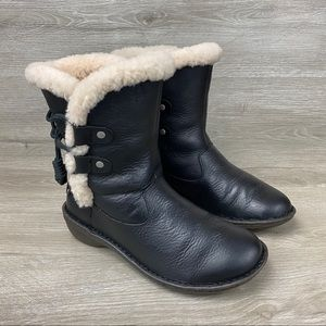 UGG Australia Akadia Black Leather Boots Size US 7